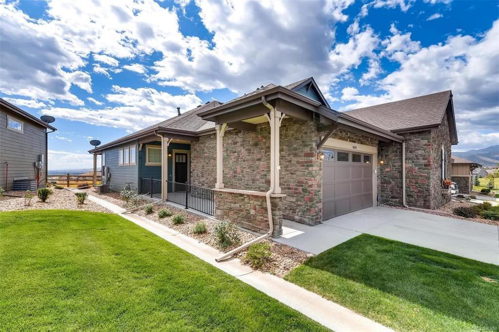 Leyden Rock The Summit Collection By Meritage Homes In Arvada Colorado Home New Homes For Sale New Home Communities
